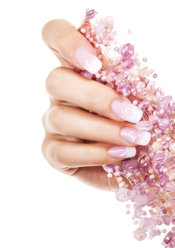 french-manicure-blumen-nageldesign-glitzer