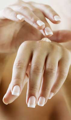 Frenchmanicure Modellage dezent und schlicht